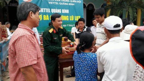 Viettel donates 540000 to flood-hit central areas