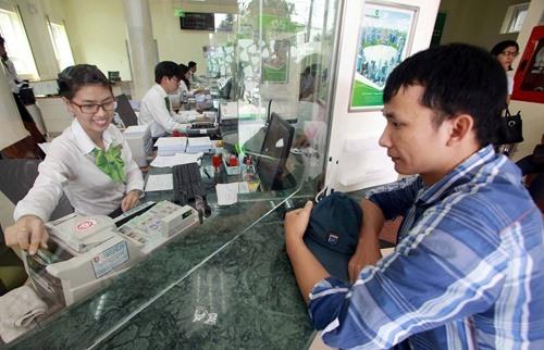 Banks profits surge thanks to services