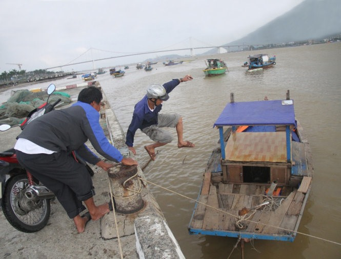Ban on small boats a big worry for fishermen