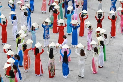 Traditional ao dai remains a timeless trend