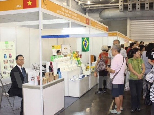 VN firms join intl seafood expo