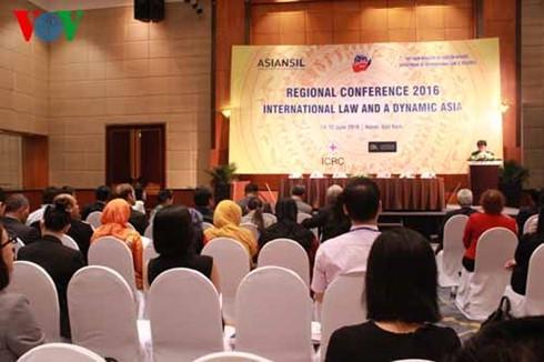 Việt Nam hosts international law meet