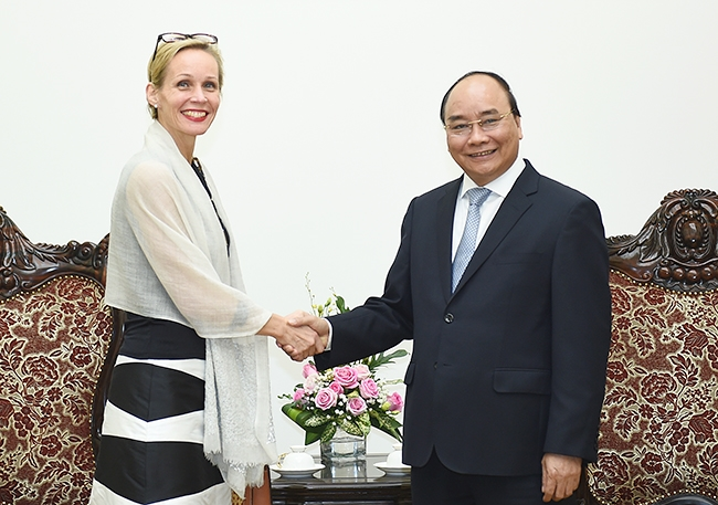 PM bids farewell to Swedish Myanmar ambassadors