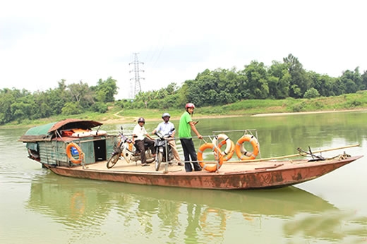 Safety risk on Nghệ An waterways