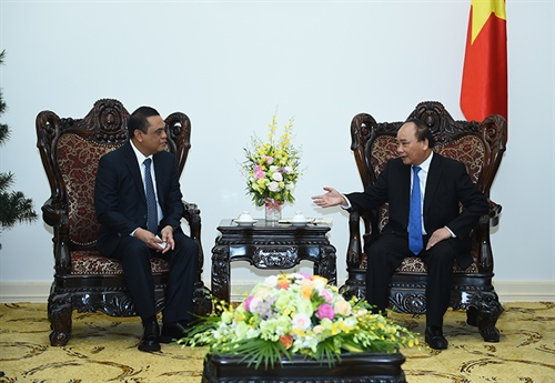 PM suggests reinforced security links with Indonesia