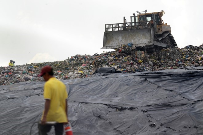 City stench caused by landfill: official