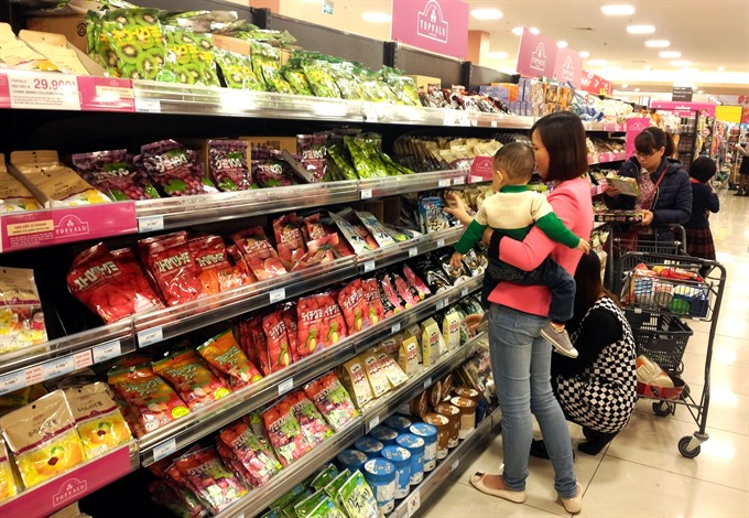 Confectionery giants face fierce Tết competition