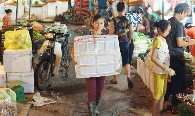 Clubs empower female migrant workers in Ha Noi