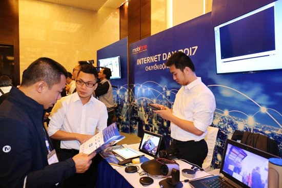 Việt Nam celebrates 20 years of Internet