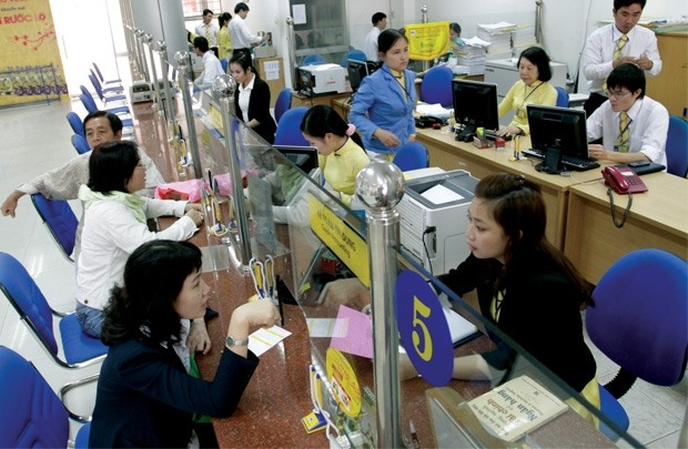 Bank loans for securities sector falls to 444.4m