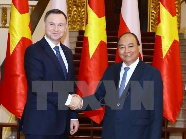 Polish President hails overseas Vietnamese