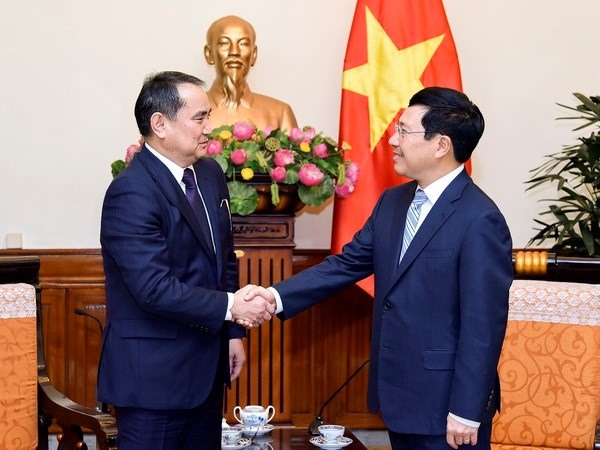 Deputy PM highlights growth in VN-Kazakhstan trade