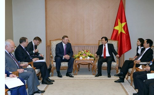 Viet Nam Russia foster oil gas co-operation