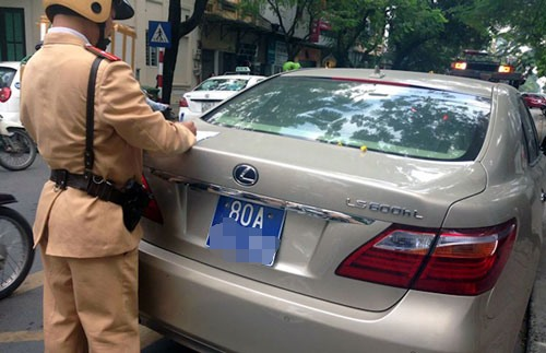 PM orders revoke of license plates