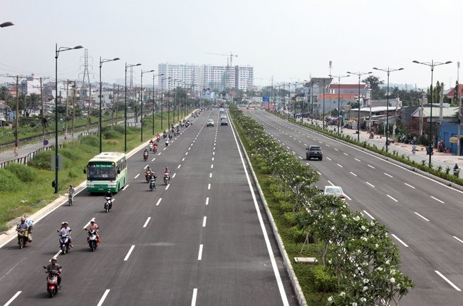 HCM City to open separate lanes for buses
