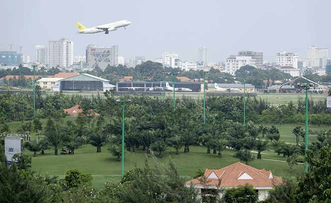 City forms airport expansion task force