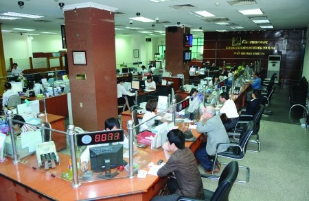 SMEs banks clash over tech capital
