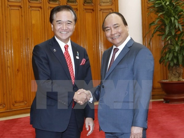 Prime Minister greets Japanese governor