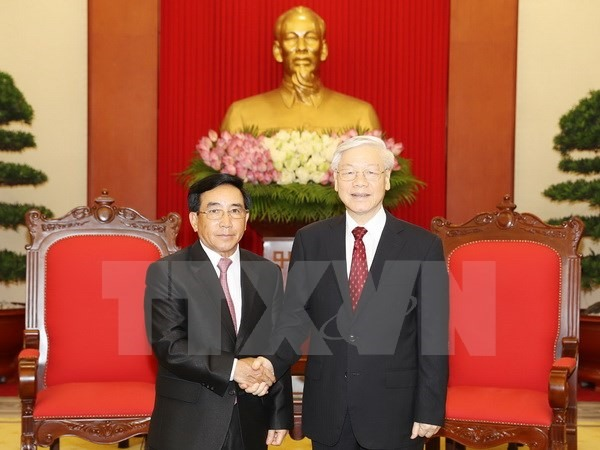 VN Laos should intensify ties in all areas: Party leader