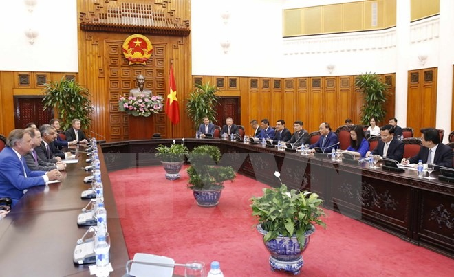 Việt Nam wants foreign investors for SOE equitisation: PM