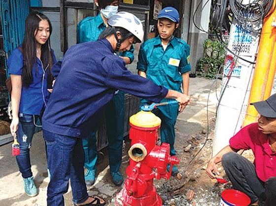 HCM City to install 11000 more fire hydrants