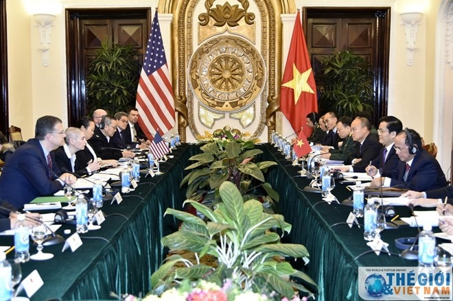 VN US talk security defence matters