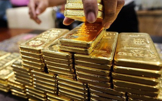 Volatility year-end demand drive gold prices up
