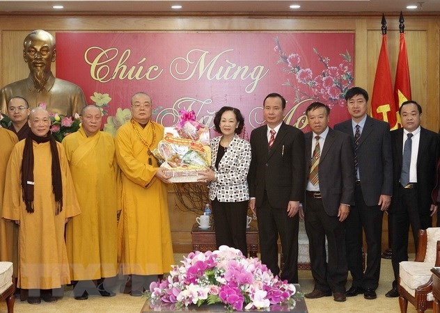 Việt Nam Buddhism stays side by side with nation