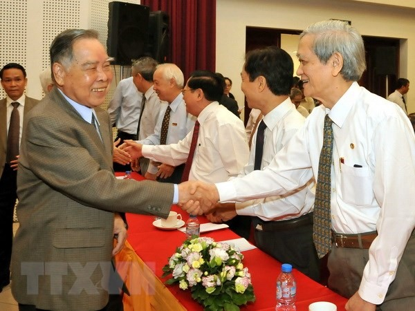 Tribute paid to late Prime Minister Phan Văn Khải: two-way respect