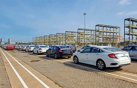 First duty-free cars arrive from Thailand