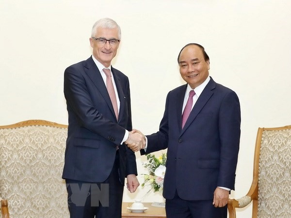 PM pledges to support Belgian businesses