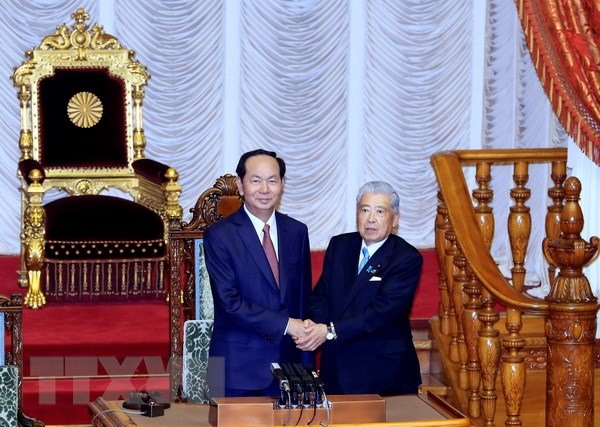 President meets Speaker of Japans House of Councillors