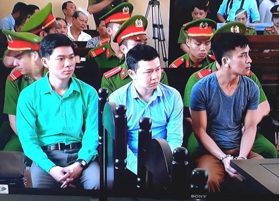 Court delays trial on medical incident at Hòa Bình General Hospital