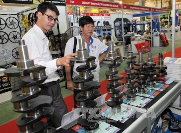 Việt Nam needs reforms for new FDI strategy