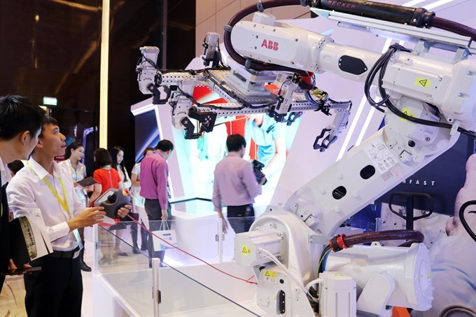 Việt Nam calls for science-technology experts