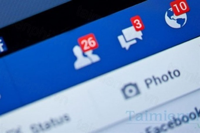 Should Government officials use the social network?