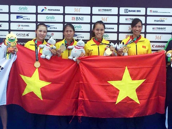 Vietnamese rowers bring home first gold medal from ASIAD