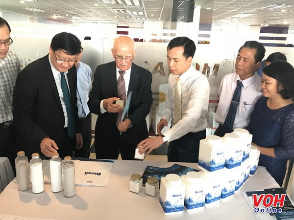 International conference on nano-technology opens in HCM City