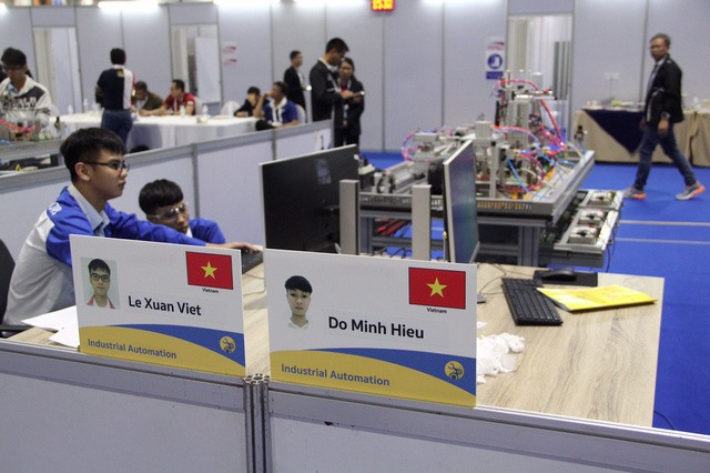 Việt Nam brings home 7 gold medals from 12th ASEAN Skills Competition