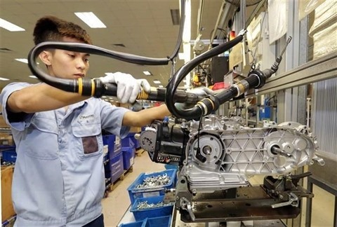 Việt Nams PMI falls to 50.5 in September
