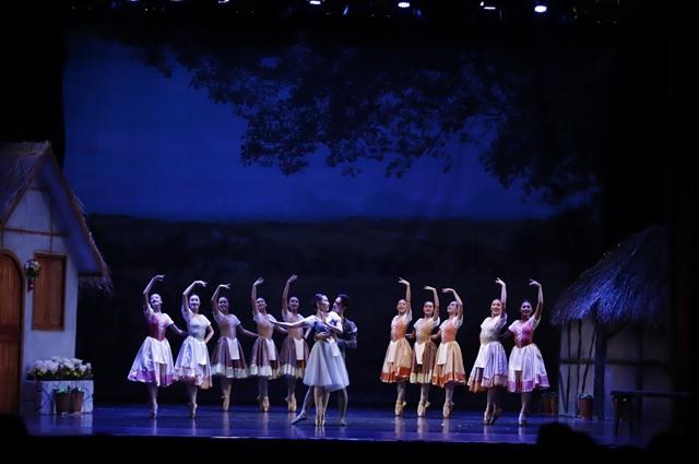 Ballet Giselle returns to Opera House