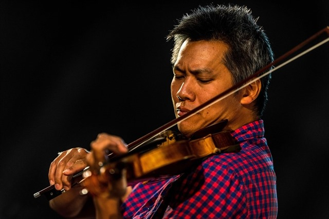Night of Tchaikovsky to feature Vietnamese-French violinist Phạm Vinh