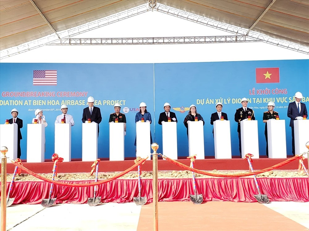 Dioxin remediation project kicks off at Biên Hòa Airbase
