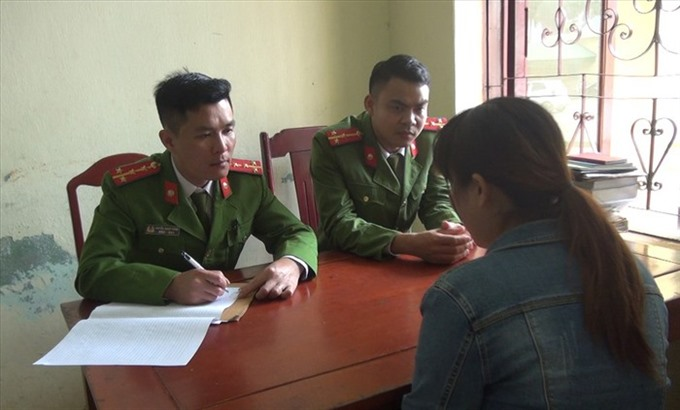 Thanh Hoá police stop illegal workers crossing into China