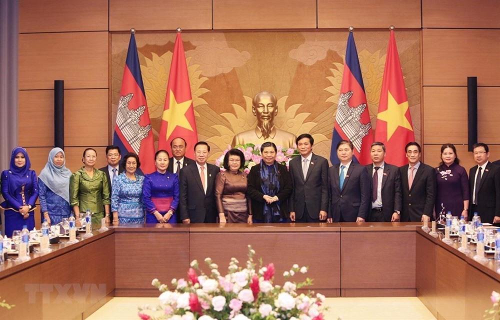 NA leader calls for closer ties with Cambodian legislature