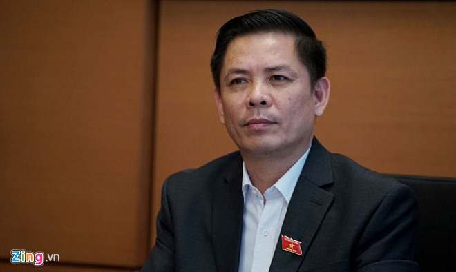 Tranport minister tells toll road operators to get into gear