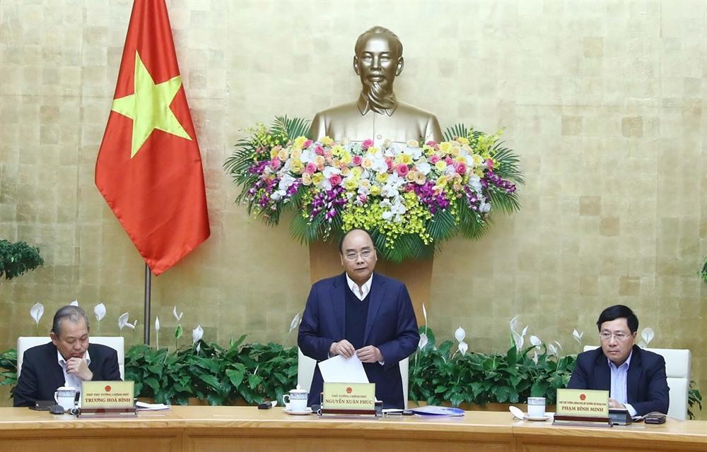 PM Phúc puts focus on institutions