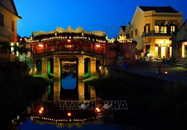 Hội An limits number of visitors to famous 400-year-old bridge