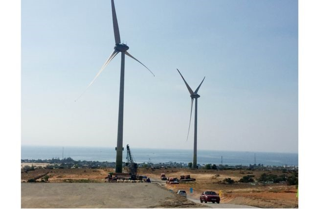 Việt Nam must remove regulatory challenges to encourage wind energy