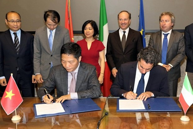 VN Italy boost economic co-operation